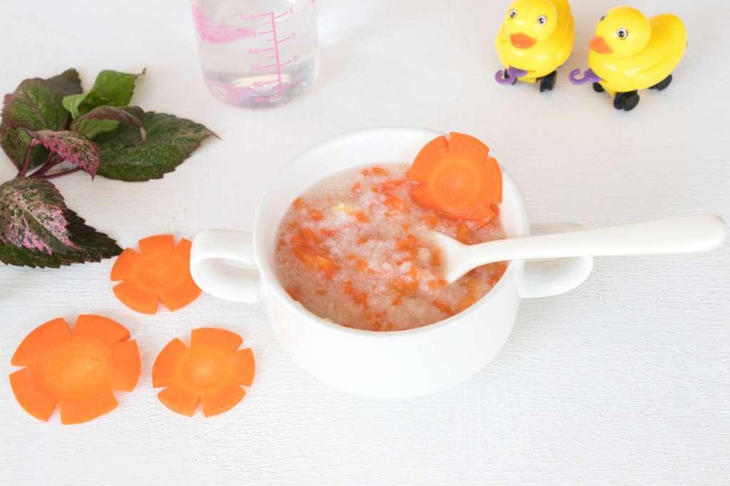 Cháo cá cà rốt cho bé ăn ngon mỗi ngày - HUGGIES® Việt Nam