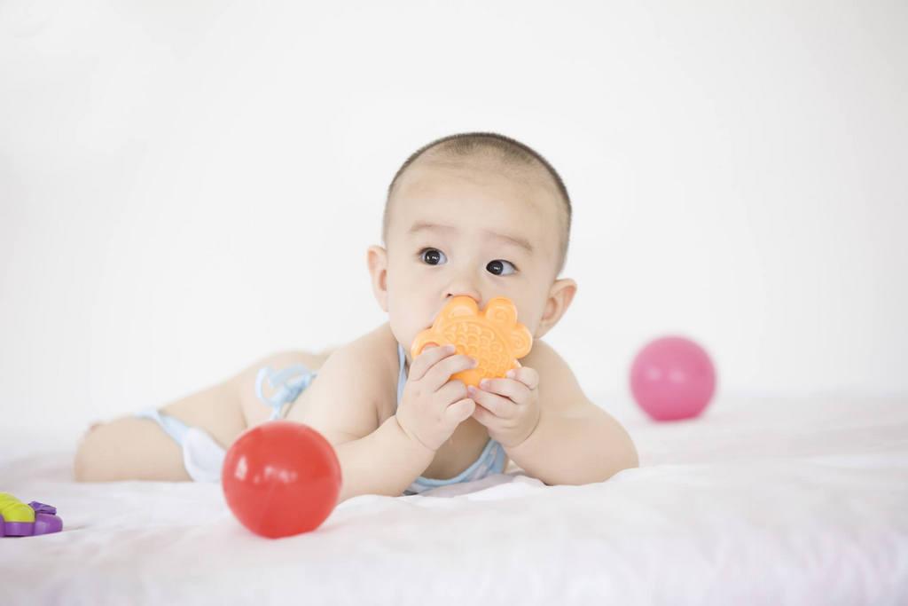 Đảm bảo an toàn cho bé khi sử dụng vật dụng trẻ em