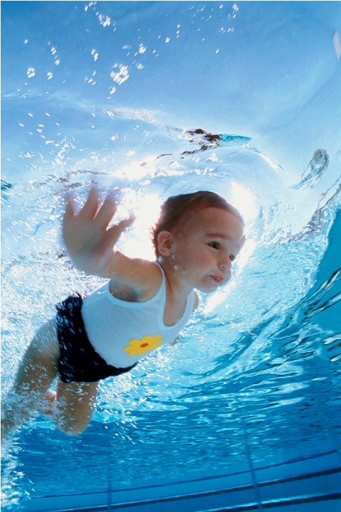 An toàn cho bé khi tiếp xúc với nước